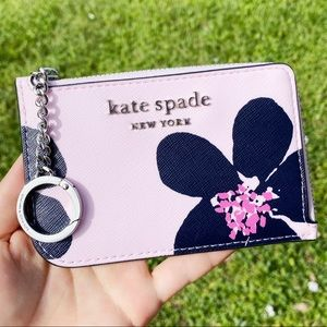NWT Kate Spade grand flora 🌸l-zip Cardholder